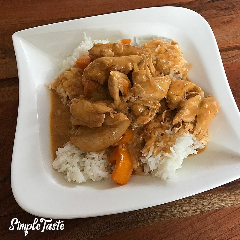 Hähnchen-Kokos mit Reis
